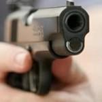 القبض على مواطن لإطلاقه النار على آخر لخلافهما على أفضلية السير في أحد الطرق بمركز خيبر الجنوب