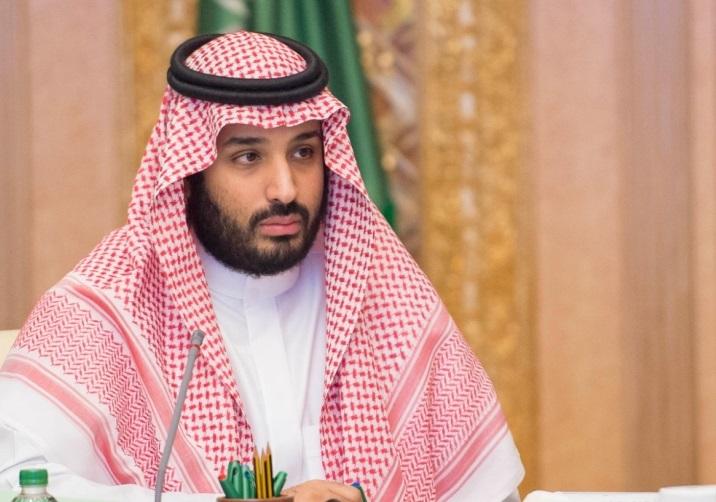 في اتصال هاتفي مع ولي العهد.. أمير قطر يُبدي رغبته في الجلوس على طاولة الحوار