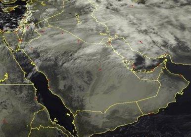توقعات بهطول أمطار رعدية ورياح نشطة على 5 مناطق.. خلال الساعات المقبلة