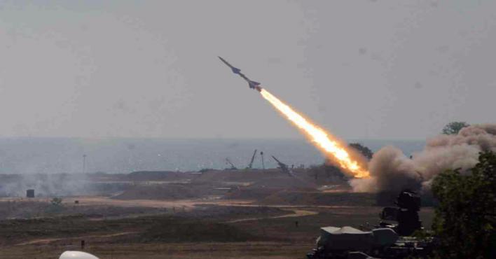الدفاع الجوي يُدمر صاروخًا باليستيًا باتجاه ينبع