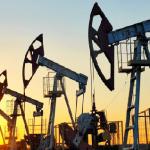 توقعات نقص الإمدادات وتزايد الإصابات بكورونا يحدث تباينًا لأسعار النفط