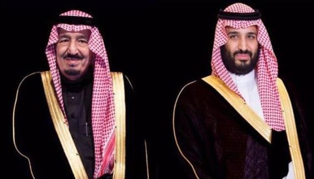 الملك سلمان وولي العهد يعزيان أسرة آل الصباح والشعب الكويتي