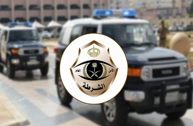 """شرطة تبوك تلقي القبض على المواطن صاحب فيديو """"سرقة السيارة"""" وتحيله للنيابة العامة"""