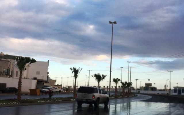 """""""الأرصاد"""" تتوقع استمرار هطول الأمطار وسقوط ثلوج خفيفة على هذه المناطق"""