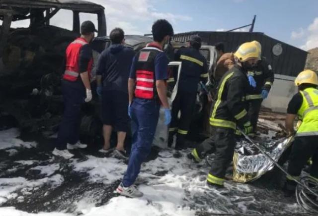 وفاة وتفحم 6 أشخاص في تصادم مروع بعسير