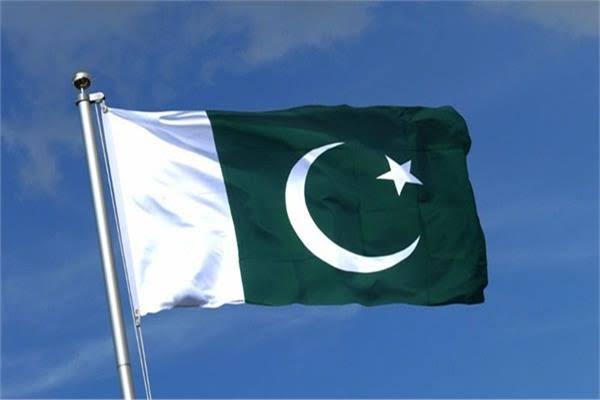 مقتل 30 شخصًا على الأقل وإصابة 74 بجروح في تصادم بباكستان