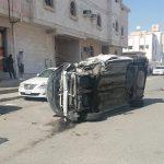 إطار مركبة تعرضت لحادِث يطير ويصرع شخصاً داخل مغسلة سيارات بمكة
