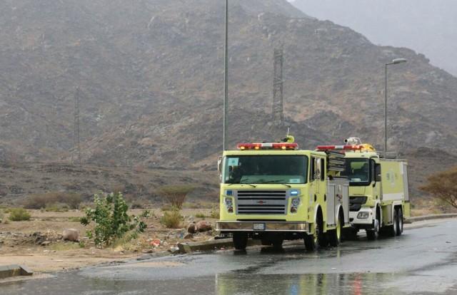 مدني جازان يحذر من التقلبات الجوية بالمنطقة ويهيب باتباع إرشادات السلامة