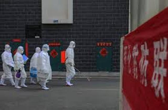"""حصيلة جديدة لضحايا فيروس """"كورونا"""" بالصين"""