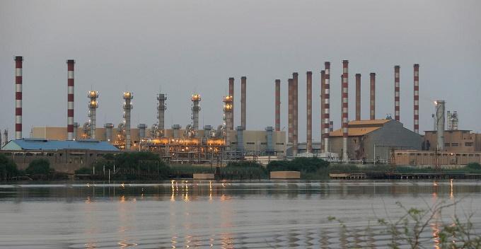هجوم على خط أنابيب يوقف صادرات الغاز الإيراني إلى تركيا