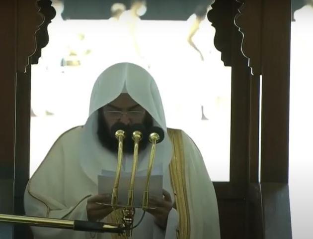 """""""السديس"""": باسم 1.8 مليار مسلم ندين بأشد العبارات التطاول على النبي محمد ﷺ"""