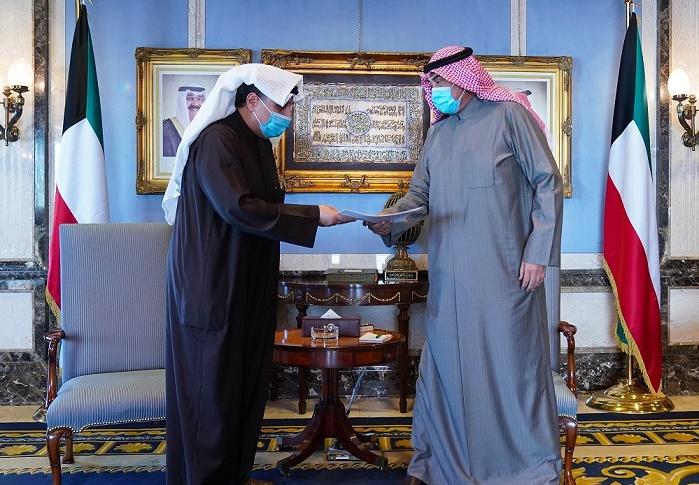 الكويت.. الوزراء يقدمون استقالتهم لرئيس الحكومة