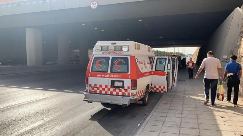 إصابة 12 شخصا في حادثة تصادم حافلة وشاحنة بالرياض