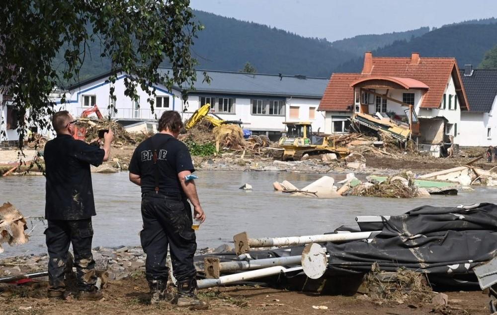 """فيضانات أوروبا تودي بحياة  190 شخصًا.. و""""ميركل"""" مصدومة لما شاهدته من دمار"""