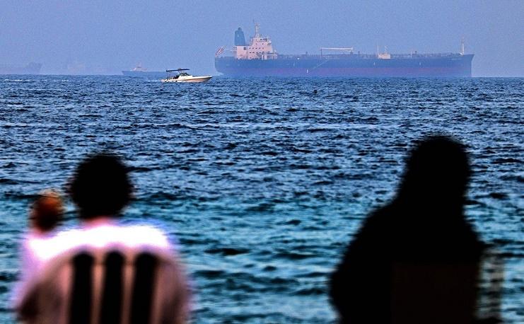 """انتهاء """"عملية الخطف المحتملة"""" لسفينة قبالة شواطئ الإمارات"""